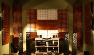 комната для прослушивания некст